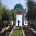 statua di Alisher Navoi (Tashkent, Uzbekistan)