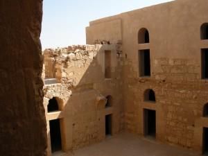 cortile interno del Qasr Kharana (Giordania)