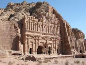 Tomba del Palazzo a Petra (Giordania)