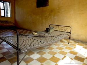 letto di tortura all'S21 (Phnom Penh, Cambogia)