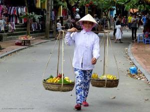 venditrice di frutta (Hoi An, Vietnam)