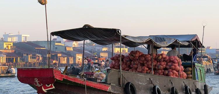 il mercato galleggiante (Can Tho, Vietnam)