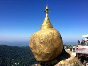 sul monte Kyaiktiyo (Myanmar-Birmania)