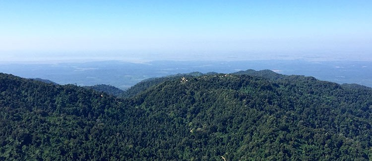 vista sulla vallata dal monte Kyaiktiyo (Myanmar-Birmania)