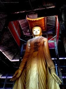 Statua di Buddha (Mandalay Hill, Birmania)