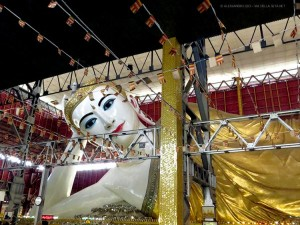 Chauk Htat Kyi Buddha (Yangon, Myanmar)