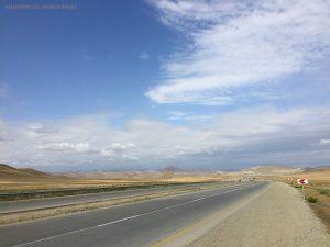 deserto sulla strada per Lahic (Azerbaijan)