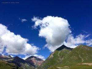 nubi sul Caucaso (Kazbegi, Georgia)