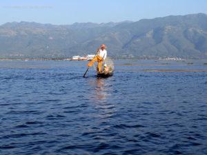 pescatori sul lago Inle (Myanmar)
