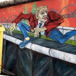 East Side Gallery Berlin - Gebriel Heimler - Der Mauerspringer