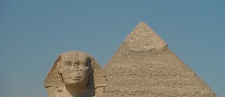 Sfinge e Piramide di Chefren (Giza)