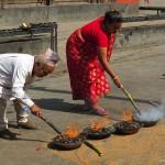 rito al Tempio Kumbeshwar dei Cinque Tetti (Patan, Nepal)