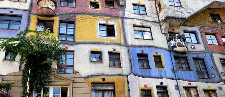 Hundertwasserhaus (Vienna, Austria)