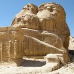 Cubi di Djinn a Petra (Giordania)